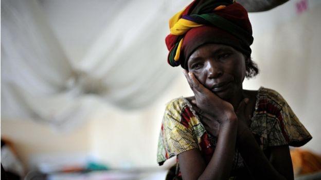 'O conflito do Congo não envolve grupos de fanáticos religiosos, nem é um conflito entre os Estados. É uma guerra motivada por interesses econômicos - e travada por meio de uma estratégia que está destruindo as mulheres do país', diz Mukwege (Foto: ROBERTO SCHMIDT/AFP via BBC News Brasil)