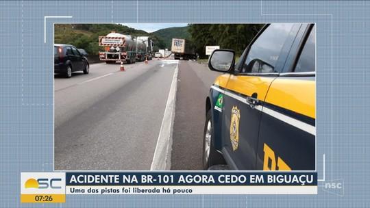 Acidente na BR-101 envolvendo dois caminhões provoca filas na Grande Florianópolis