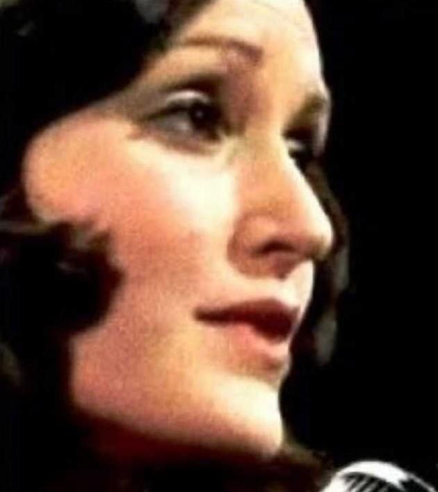 Dulce Nunes, voz de 'Pobre menina rica' e dos anos 1960, morre no Rio