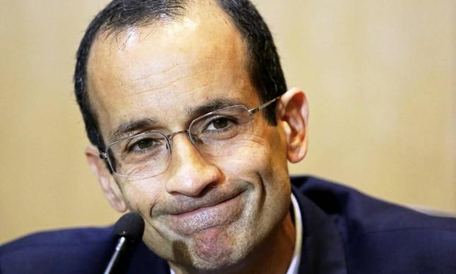 Marcelo Odebrecht presta depoimento durante CPI da Petrobras nesta terça-feira em Curitiba, PR