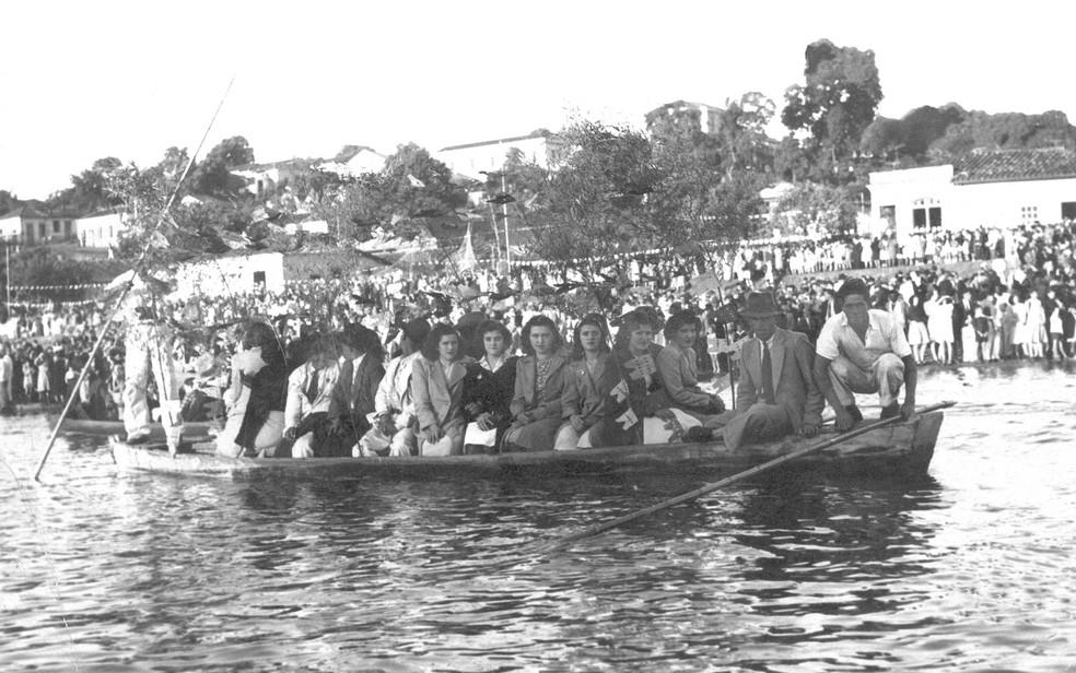 Registro antigo de pessoas no Rio Piracicaba (Foto: Acervo/IHGP)