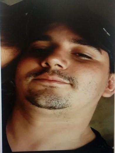 Polícia divulga foto do suspeito de matar homem com 13 tiros em Vilhena, RO