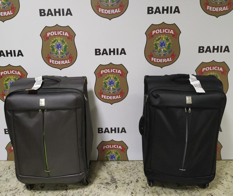 Suspeitos foram presos na noite de terça-feira (3), quando tentavam embarcar para Portugal. — Foto: Polícia Federal