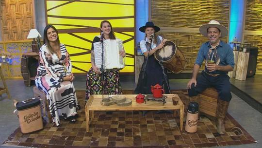Jairo Lambari Fernandes e Paloma e Miqüi estiveram no 'Galpão Crioulo'; confira os vídeos