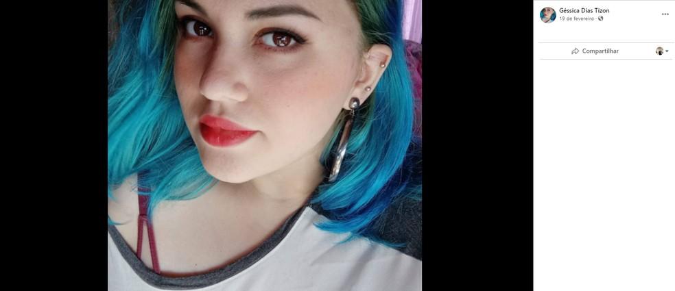 Géssica Dias Tizon foi atingida por ao menos três golpes de faca e morreu no local do crime — Foto: Reprodução/Arquivo Pessoal