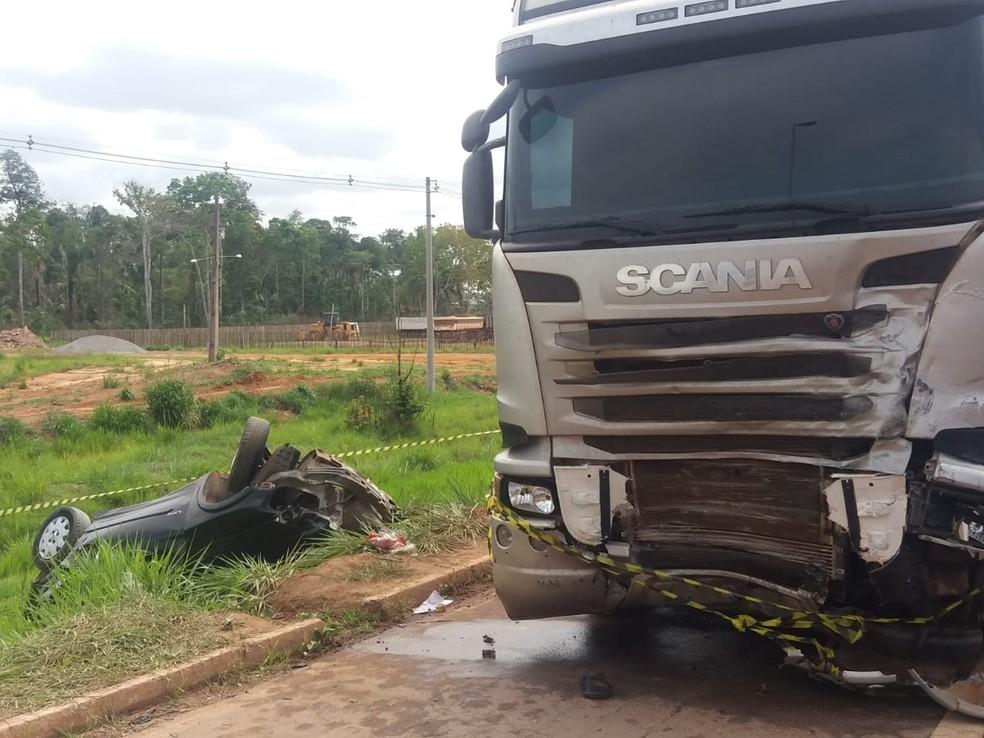 Jovem morre após colidir de frente com caminhão em rodovia no Acre — Foto: Luízio Oliveira/Arquivo pessoal
