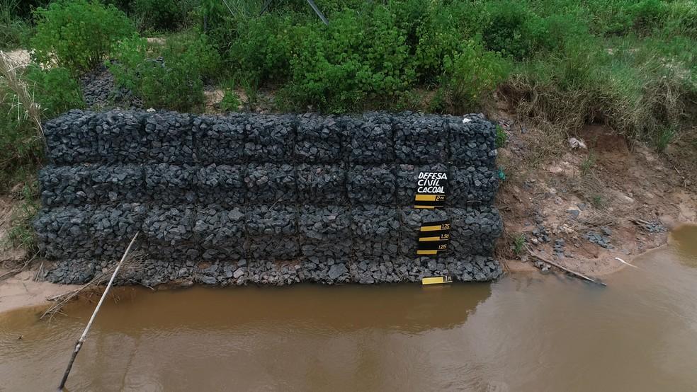 Nível do rio é monitorado pela Defesa Civil — Foto: Rede Amazônica/Reprodução