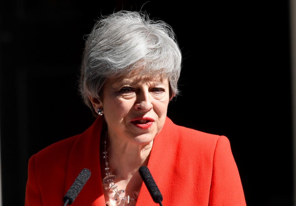 Theresa May durante pronunciamento nesta sexta-feira (24) — Foto: Toby Melville/Reuters