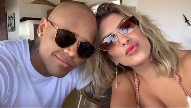 Lorena Improta e Leo Santana curtem dias em Fernando de Noronha (Foto: Reprodução/Instagram)