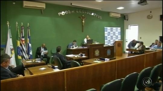 Câmara arquiva pedido de cassação do mandato do prefeito de Cerqueira César