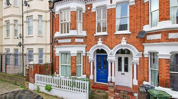 A primeira propriedade que será sorteada está localizada na Brixton, em Londres  (Foto: Divulgação )