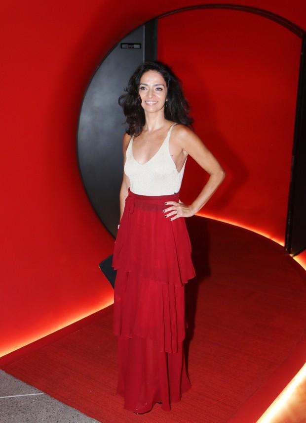 Claudia Ohana na premiére de Desnude (Foto: Daniel Pinheiro)
