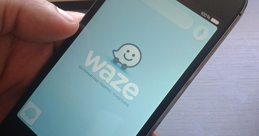 Como evitar trajetos com pedágios e vias expressas no Waze?
