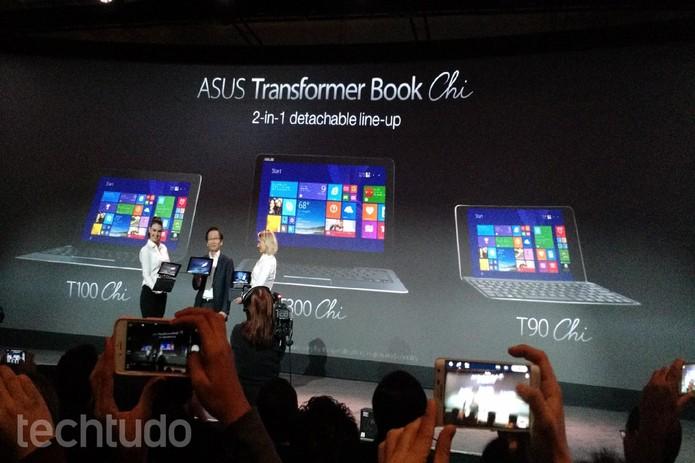 Os novos TransformerBook Chi chegarão em três versões diferentes (Foto: Isadora Díaz/TechTudo)