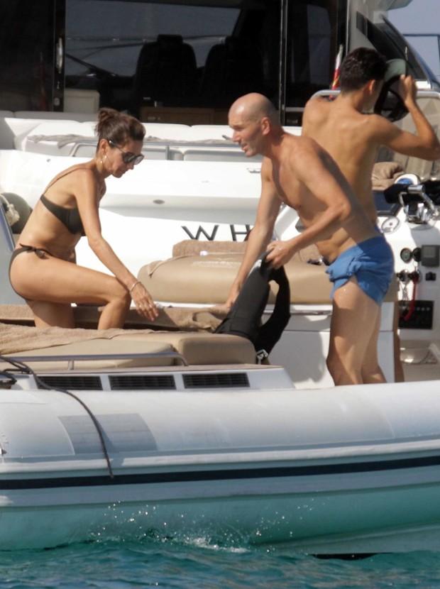 Zidane e a mulher, Veronique (Foto: Backgrid)