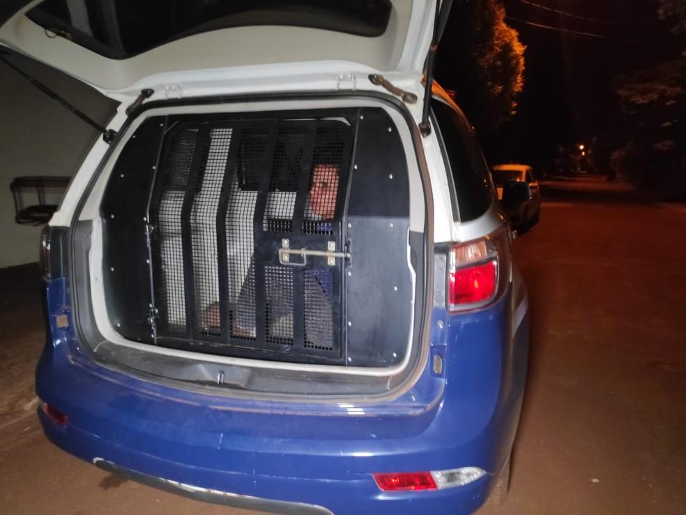 Homem de 26 anos foi preso na noite desta segunda-feira (30), em Dourados (MS) — Foto: Adilson Domingos
