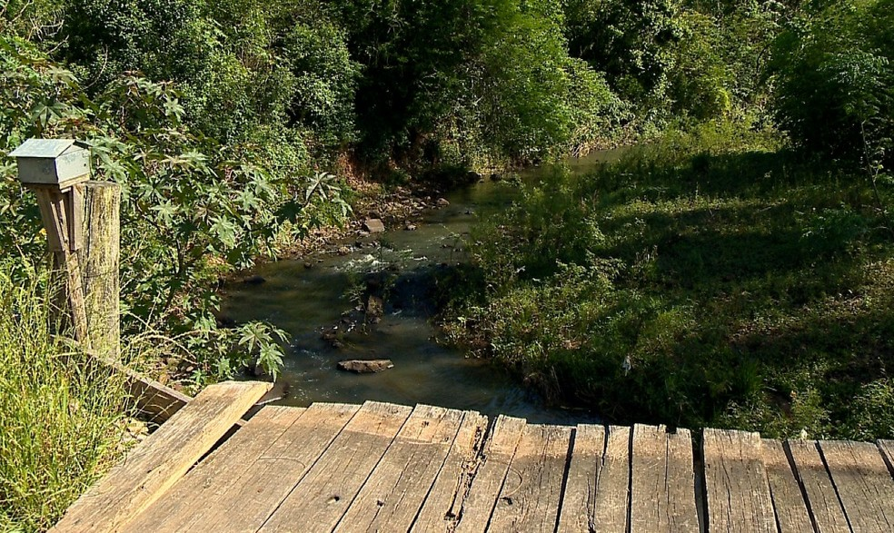 Corpo de Vanusa Muller foi encontrado no Rio Vacacaí Mirim em Santa Maria — Foto: Reprodução/RBS TV