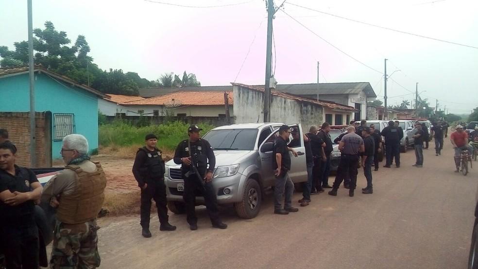 Policiais atuam desde a madrugada para cumprir os mandados judiciais. (Foto: Divulgação/ Polícia Civil )