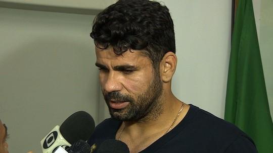 """Diego Costa pede fim de novela: """"Eles têm que decidir o que vai acontecer comigo"""""""