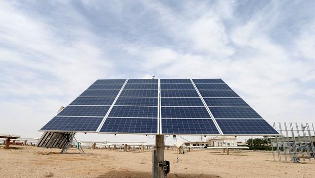 WEG Painel - energia solar (Foto: Faisal Al Nasser/Reuters)
