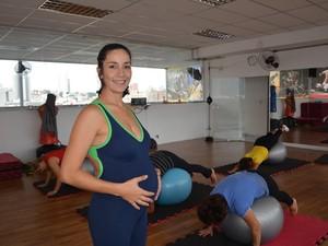 Francini Pires grávida mogi (Foto: Maiara Barbosa/ G1)