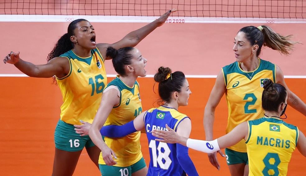Brasil x Coreia do vôlei feminino — Foto: REUTERS/Valentyn Ogirenko