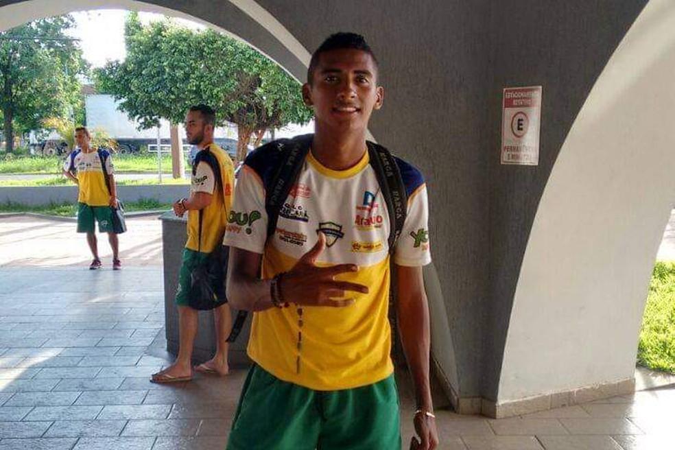 Chico Bala no time profissional do São José, do Maranhão — Foto: Arquivo pessoal