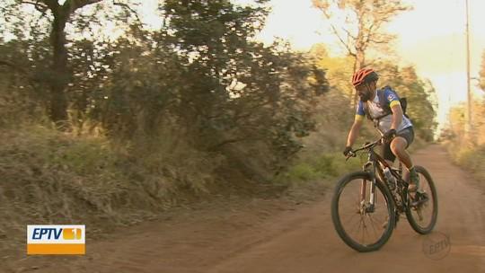 Pedreiro de São Carlos supera falta de recursos e acumula títulos no Mountain Bike