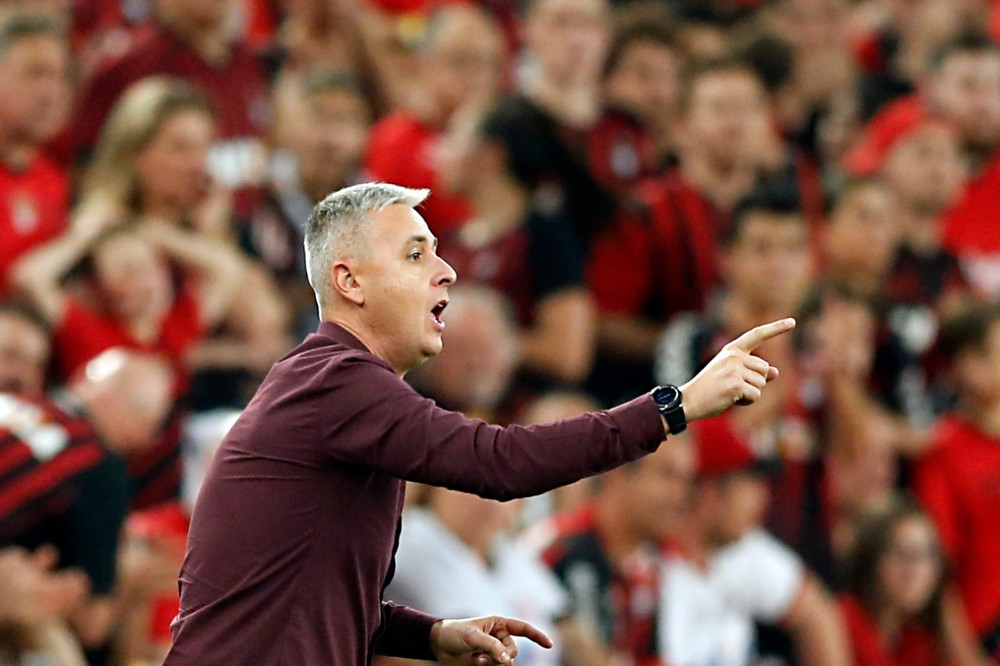 Tiago Nunes deve ir para o Corinthians