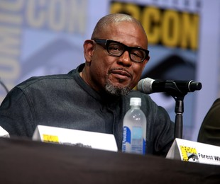 Forest Whitaker num painel sobre o filme 'Pantera Negra' | Gage Skidmore / Wikimedia Commons