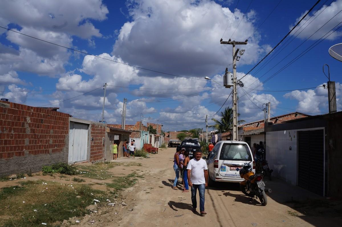 Homem é morto a tiros no bairro José Carlos de Olivera, em Caruaru