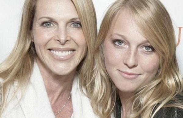 Catherine Oxenberg e sua filha India (Foto: Getty Images)