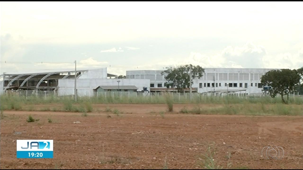Moradores pedem conclusão de hospital com obras atrasadas há quatro anos em Gurupi
