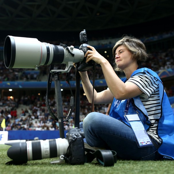 Hannah Peters, fotógrafa oficial da Fifa na Copa do Mundo feminina (Foto: Getty Images)