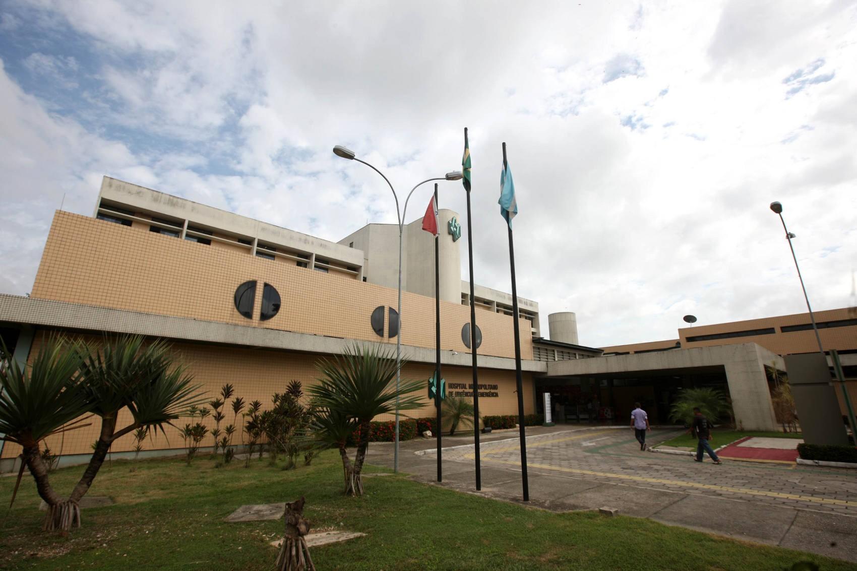 Menina vítima de escalpelamento é transferida para Belém