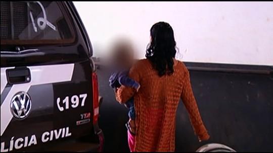 Mulher é presa suspeita de furtar roupas e esconder em carrinho de bebê, em Rio Verde