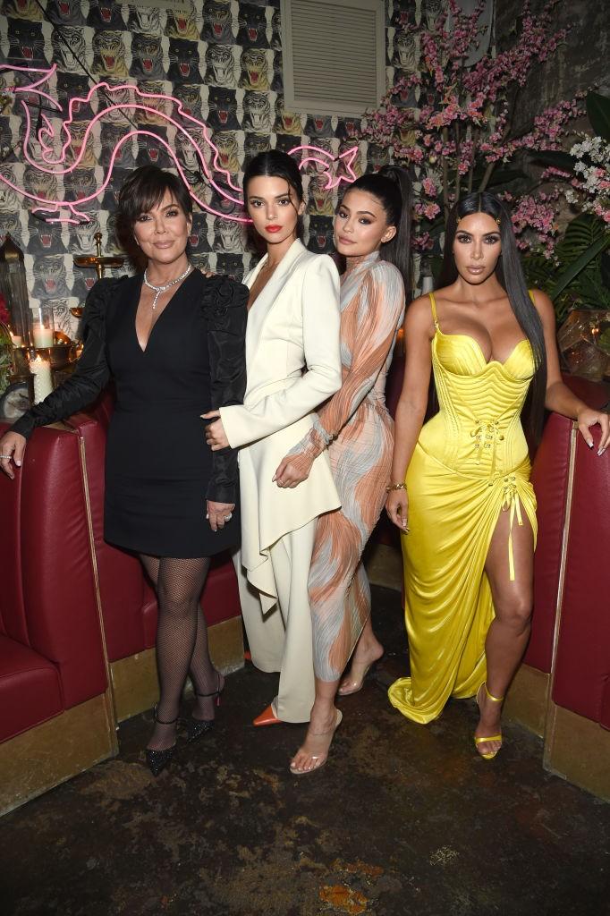 Kris Jenner, Kendall Jenner, Kylie Jenner e Kim Kardashian (Foto: Getty Images)