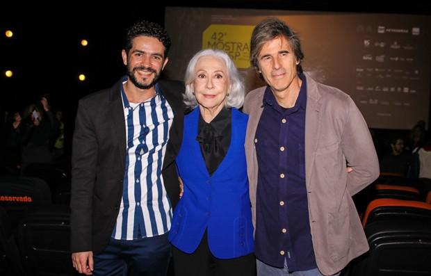 Vinicíus de Oliveira, Fernanda Montenegro e Walter Salles (Foto: Thiago Duran/AgNews)