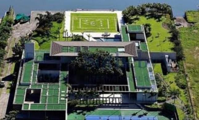 Neymar compra hangar para receber convidados para festa de fim de ano, em Mangaratiba