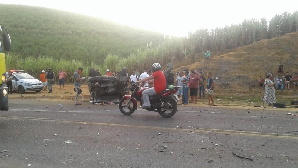 Acidente deixou pastor de igreja evangélica morto, em Ipojuca — Foto: Reprodução/WhatsApp