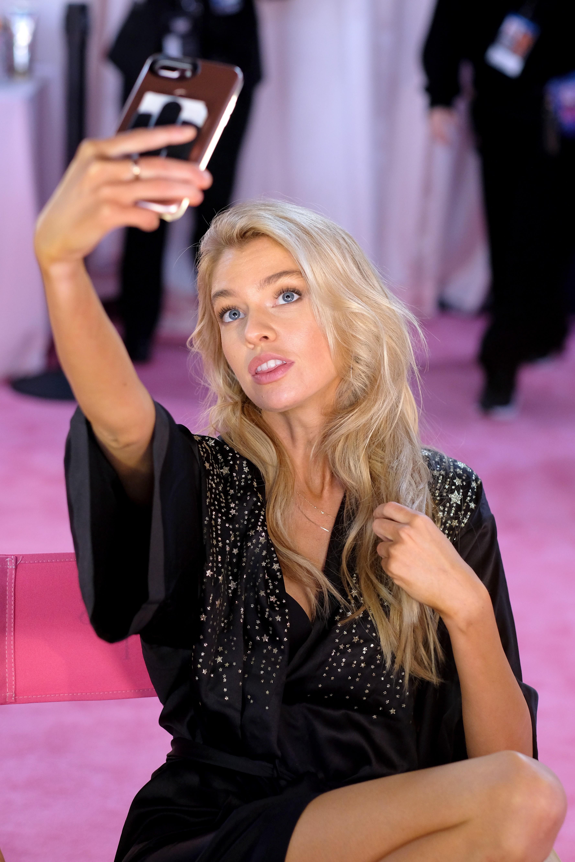 Bastidores da selfie (Foto: Getty Images)