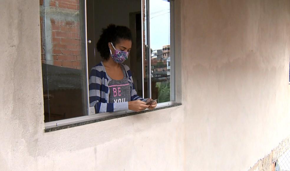 Trabalhadores não conseguem ter acesso ao auxílio emergencial do governo federal — Foto: Reprodução/ TV Gazeta