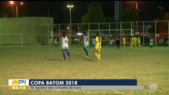 Tiradentes-PI goleia o Comercial-PI e conquista o tricampeonato na Copa Batom 2018