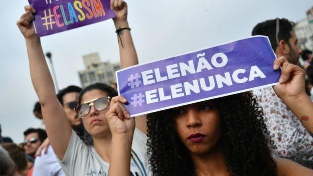 Segundo levantamento da USP, PSOL e PT lideraram preferência partidária dos manifestantes (Foto: AFP via BBC News Brasil)