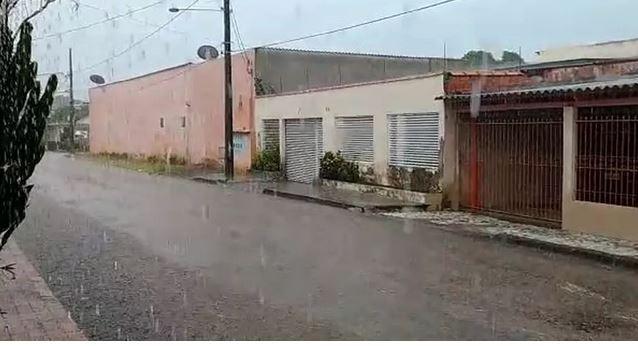 Nebulosidade ainda marca a sexta-feira (10) no Acre e dia deve ser chuvoso