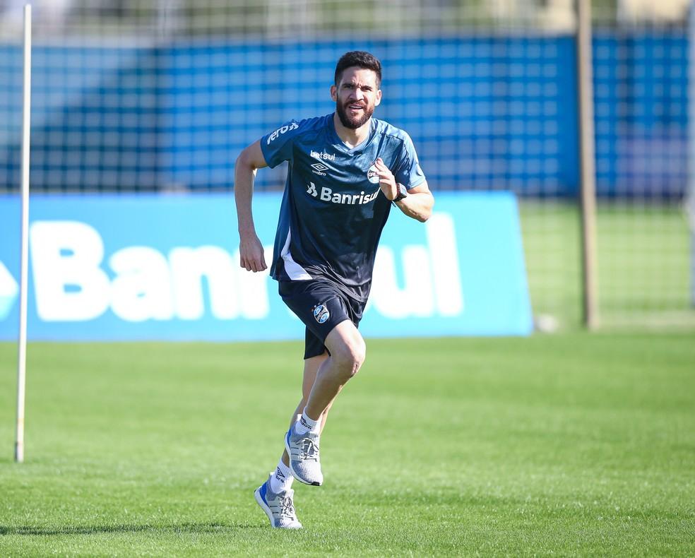 Recuperado, Marcelo Oliveira fará testes em coletivos antes de voltar a jogar — Foto: Lucas Uebel/Grêmio