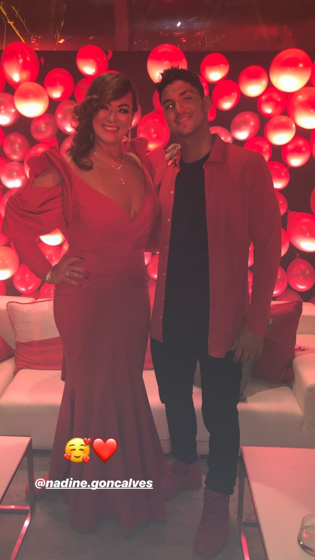 Gabriel Medina e Nadine Golçalves, mãe de Neymar (Foto: Reprodução/Instagram)