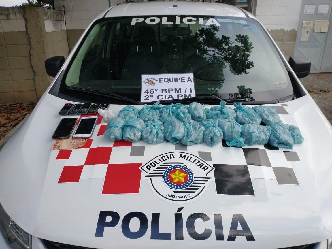 Trio é preso com drogas e tentativa de suborno a policiais em São José, SP