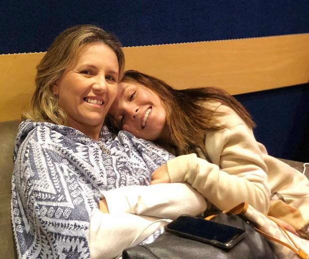 Larissa Manoela e Silvana (Foto: Reprodução/Instagram)