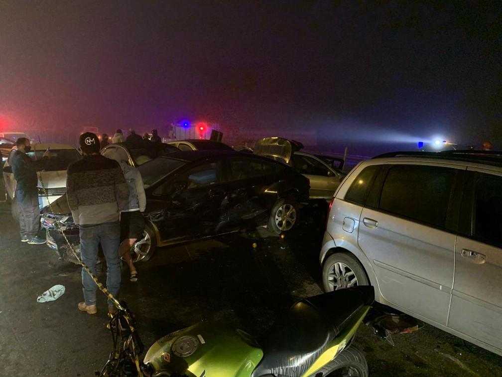 Oito pessoas morreram no acidente, na BR-277, no sentido litoral  — Foto: Cícero Bittencourt/RPC